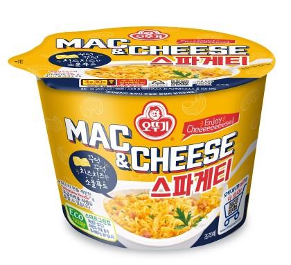 오뚜기가 진한 치즈의 맛을 느낄 수 있는 '맥앤치즈 스파게티'를 최근 출시했다. 사진=오뚜기 제공