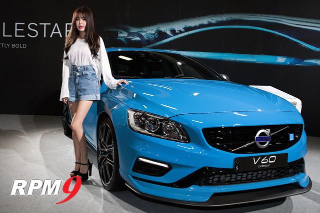 레이싱모델 박경은, 2018 타이베이 국제모터쇼에서 대만 관객들 시선 끌어