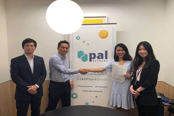 PAL Network, a blockchain-based insurance platform provider, made strategic partnership with Toyota Tsusho and Allianz.  (Starting from the left) Senior Associate Kengo Kobata of Toyota Tsusho, Executive Vice President Hayashi Toshinori of Toyota Tsusho,  CEO Val Yap of PAL Network, and Business Development Lead Claire Toh of PAL Network
