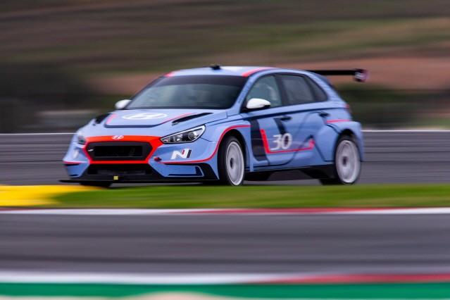 현대차, 2019 WRC-WTCR 동반 우승 노린다