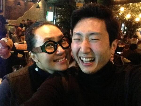 영화 '미안해 사랑해 고마워' 현장사진(주인영 작가 역 김선경, 조연출 역 정우영. 사진=정우영 제공