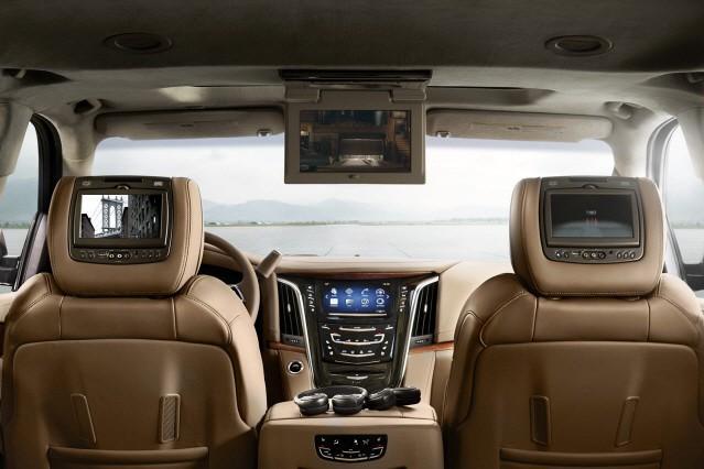 캐딜락, 프레스티지 SUV '에스컬레이드 플래티넘' 시판