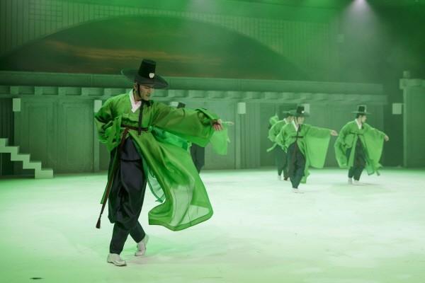 국립무용단 '설·바람' 중 '한량무' 공연사진. 사진=국립극장 제공