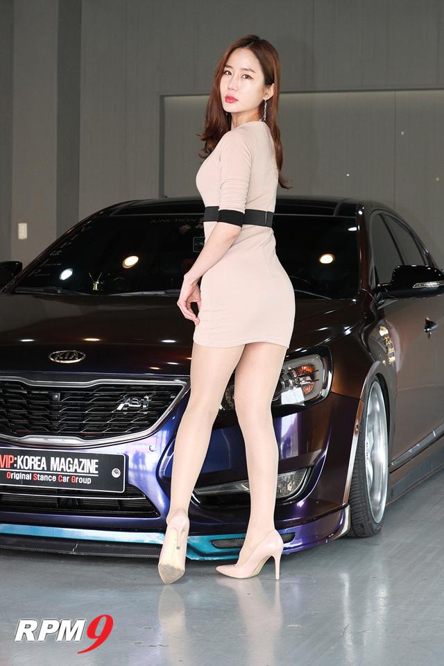 레이싱모델 이지안, 카모드 포토데이에서 멋진 몸매 과시