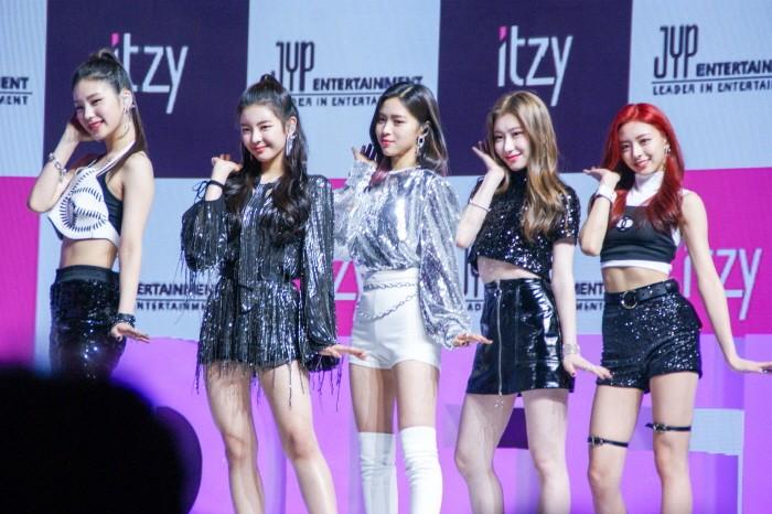 12일 서울 용산구 블루스퀘어 아이마켓홀에서는 신인그룹 'ITZY' 데뷔 싱글 [IT'z Different] 쇼케이스가 펼쳐졌다. (사진=박동선 기자)
