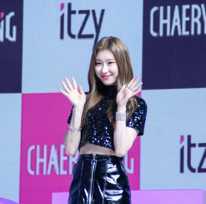 12일 서울 용산구 블루스퀘어 아이마켓홀에서는 신인그룹 'ITZY' 데뷔 싱글 [IT'z Different] 쇼케이스가 펼쳐졌다. 멤버 채령의 모습(사진=박동선 기자)