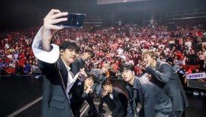 iKON(아이콘), 갤S10·포트나이트 통해 'IT한류 아이콘' 급부상