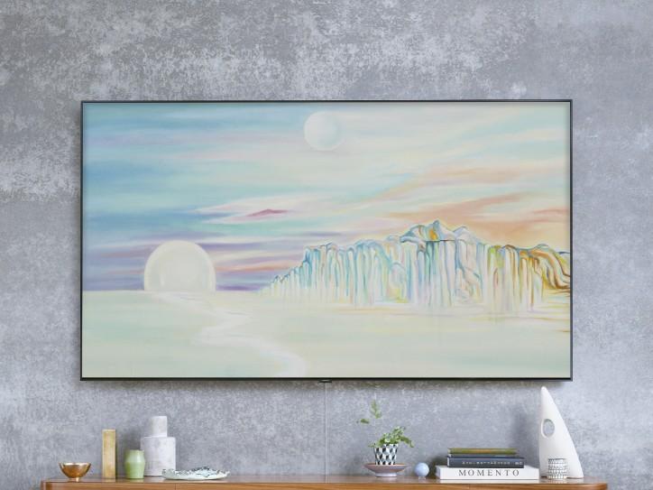 삼성 QLED TV에 시간에 따라 그림의 색채가 달라지는 '탈리 레녹스' 작품의 매직스크린 모드가 띄워져 있다. '탈리 레녹스'는 유화물감으로 그린 추상화로 유명하다. [사진=삼성전자]