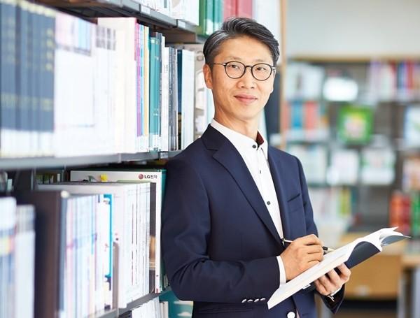 고려대학교 Human-Inspired AI 센터장 임희석 교수