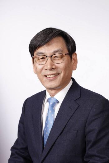 엄재식 원자력안전위원회 위원장.