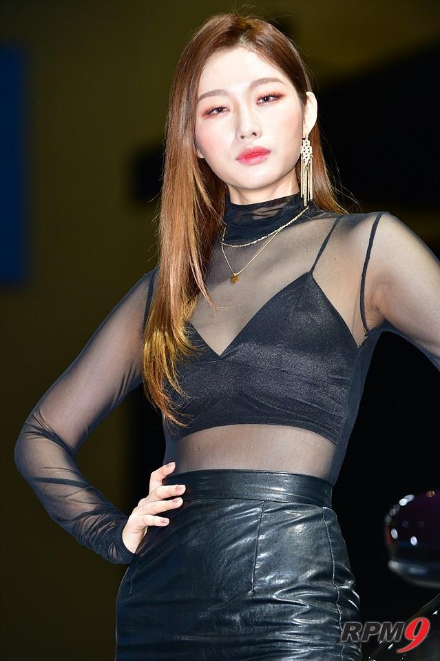 [포토] 르노삼성 QM6와 패션모델의 만남