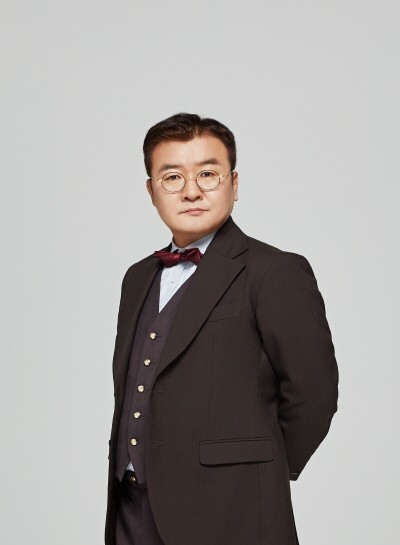 '인형의 집 Part 2' 손종학(토르발트 헬머 역). 사진=LG아트센터 제공