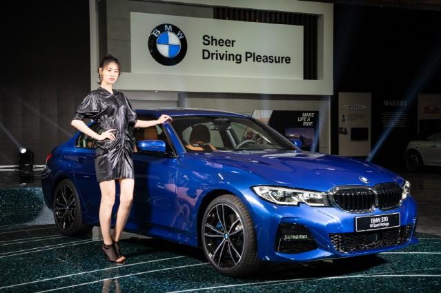 [단독] BMW, 뉴 3시리즈 투어링에 가솔린 추가한다