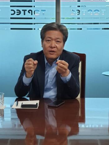 """[특별 인터뷰] 이재환 톱텍 회장 """"글로벌 나노소재업체로 도약하겠다"""""""