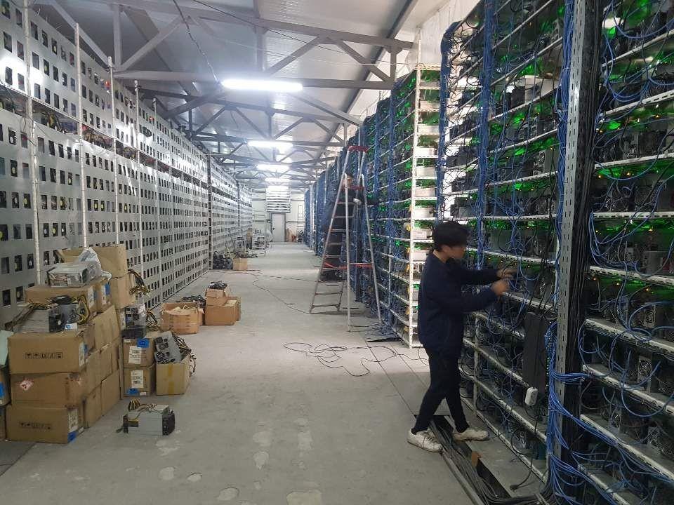 희망해시 카자흐스탄 마이닝센터 내부, 사진제공=희망해시