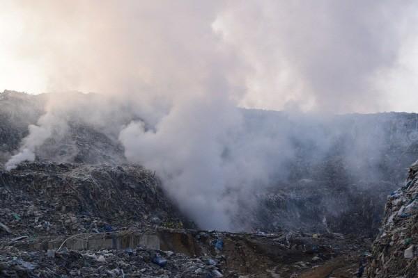 17만톤 '의성 쓰레기산' 처리…6월부터 본격 반출