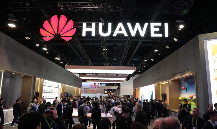 지난 1월 8일 미국 라스베이거스 컨벤션 센터에서 열린 CES 2019의 중국 화웨이 부스.