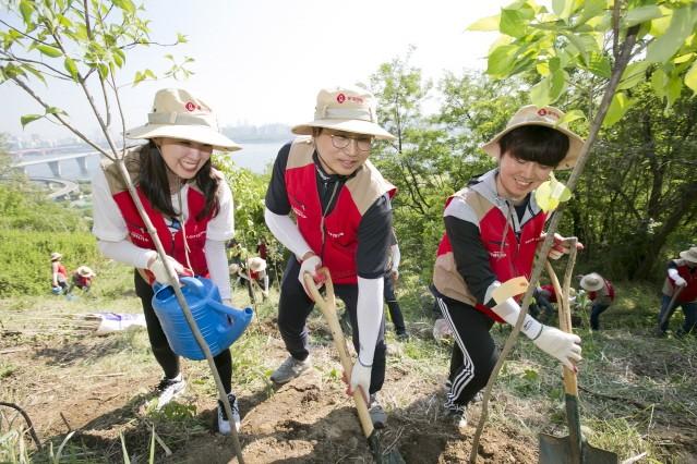 롯데렌탈, 미세먼지 저감 위한 '나눔 숲 조성 캠페인' 진행