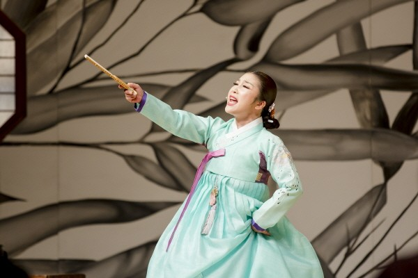 국립극장 완창판소리 5월 '오민아의 심청가-강산제' 공연사진. 사진=국립극장 제공