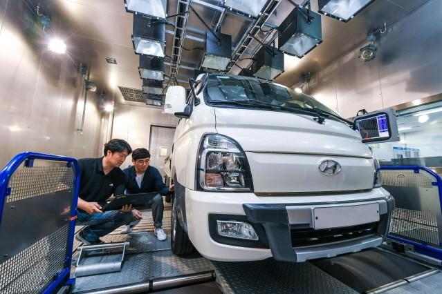 현대차·기아차, 세계 최초 '상용 전기차 성능 자동 최적화 기술' 개발