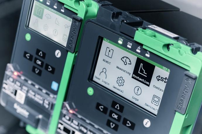 슈나이더 일렉트릭, IoT 기반 '최신 고압 보호 계전기' 출시…다기능 통합에 보안성 높여