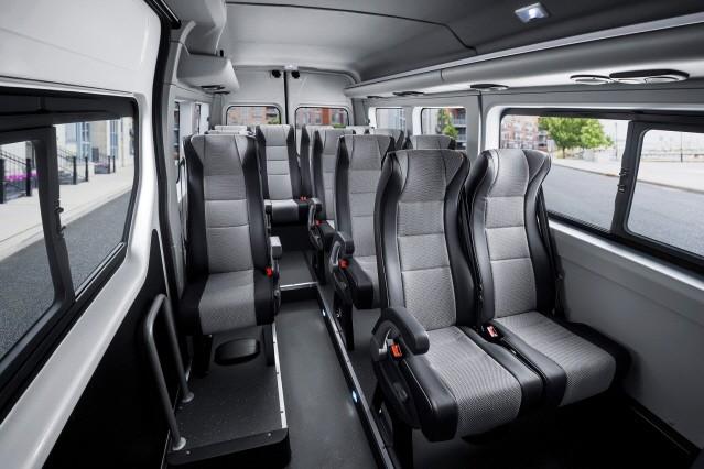 르노 마스터 버스, 한국 상륙…값은 3630만원부터