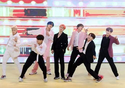 사진=방탄소년단 공식 페이스북