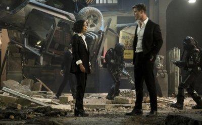 [ET-ENT 영화] '맨 인 블랙: 인터내셔널' 크리스 헴스워스와 테사 톰슨이 만들 수 있는 디테일은?