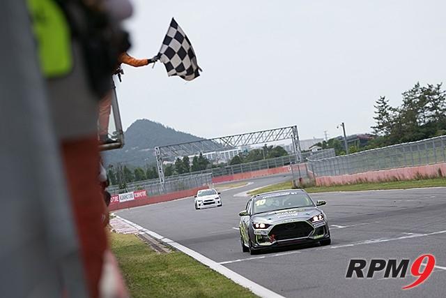 CJ대한통운 슈퍼레이스 챔피언십 3전 GT2 결승 2위, 이창우 선수 (사진 황재원 기자)