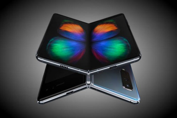 Huwaei Delays Flagship Mate X Folding Phone