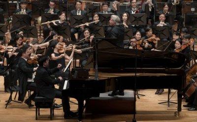 [ET-ENT 클래식] 서울시향 2019 '차이콥스키 피아노 협주곡 1번' 지휘자 마르쿠스 슈텐츠와 피아니스트 베조드 압두라이모프