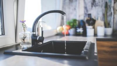 인천 '붉은 수돗물', 먹는 물 기준 충족…탁도는 다소 높아