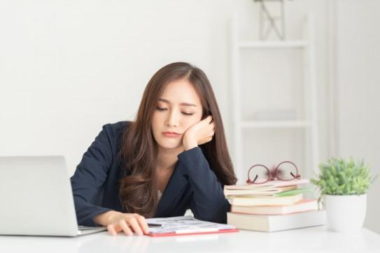 [길윤웅의 책으로 만나는 세상] 미루는 사람 vs 게으른 사람