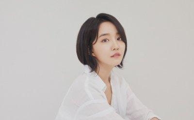 [ENT터뷰] 윤하, '감성 한발짝, 청아한 여름 소나기 되다' (STABLE MINDSET 인터뷰)