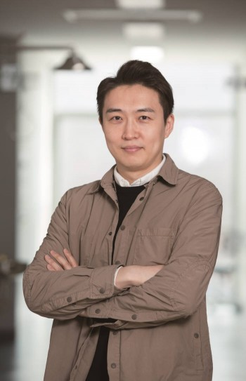 강주헌 UNIST 생명과학부 교수