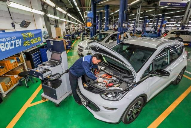 쉐보레, 볼트 EV 부품 가격 낮춰 경쟁력 높였다
