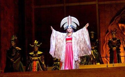 [ET-ENT 오페라] '투란도트'(1) 정말 아름다운 공주? 내면 결핍자, 삐뚤어진 자화상?