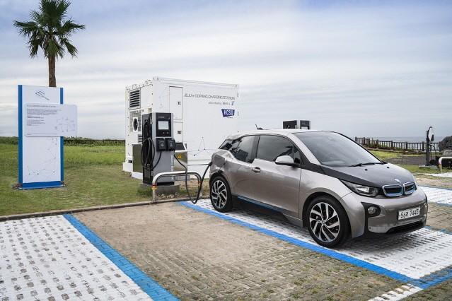 BMW, 제주에 전기차 배터리 재사용한 친환경 충전소 'e-고팡' 오픈