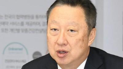 박용만 대한상의 회장 국회 방문…청년벤처 규제 완화 재차 요청
