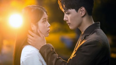 """카카오M, """"아이유 신곡 '해피엔딩', 호텔델루나 팬위한 선물""""…OST발매無"""