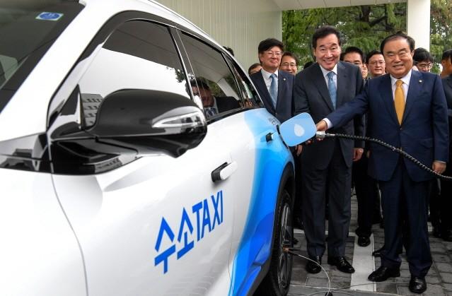현대차, '국회 수소충전소' 준공…하루 70대 이상 충전