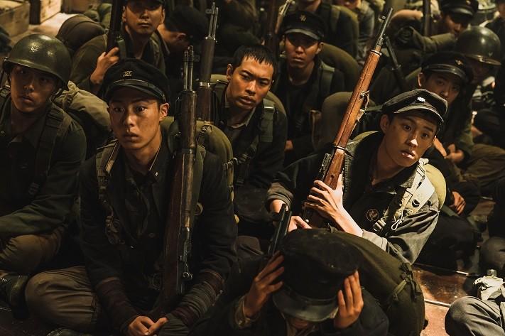 영화 '장사리 : 잊혀진 영웅들' 보도스틸. (사진 =워너브러더스 코리아㈜ 제공)