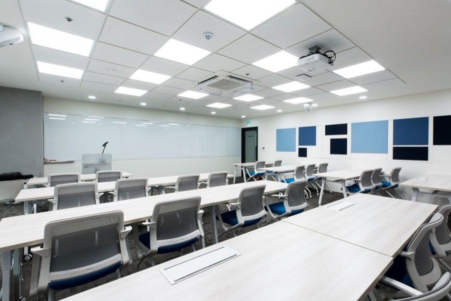 서울 강남구 메가존클라우드 클라우드 클래스 강의실. 최대 80명의 학생들이 동시에 교육을 받을 수 있는 국내 최대 클라우드 강의실. 사진제공=메가존 클라우드