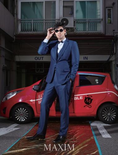 """대한민국에서 제일 큰 남자' 전 농구선수 하승진, 맥심 표지데뷔! """"2m 21cm의 존재감 과시"""