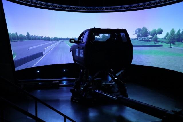 FCA 자동차연구개발센터, 첨단 주행 시뮬레이터 기술 도입