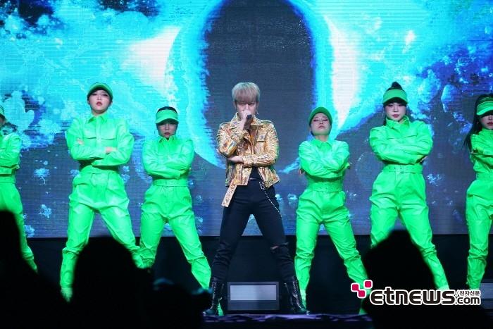 10일 서울 마포구 홍대 무브홀에서는 정대현 첫 싱글 'Aight(아잇)' 발매기념 쇼케이스가 열렸다.