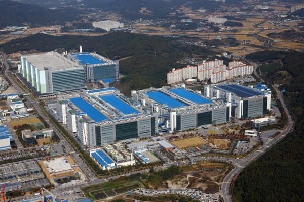 Panoramic view of Samsung Display Asan Campus