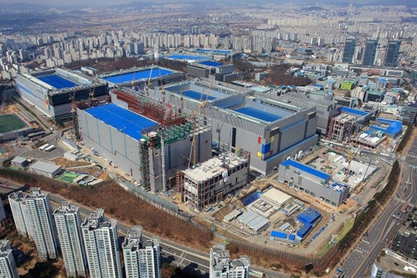 Samsung Electronics' EUV line in Hwasung Campus (Source: Samsung Electronics)