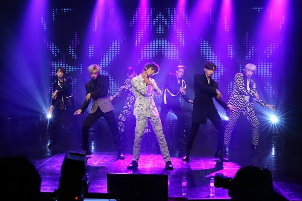 다섯 번째 미니앨범 'Poison'으로 컴백한 'VAV' / 에이팀엔터테인먼트 제공