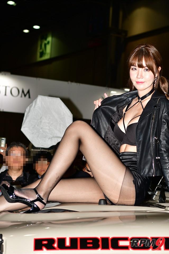 [포토] 레이싱모델 민한나가 전하는 '블랙 뷰티'